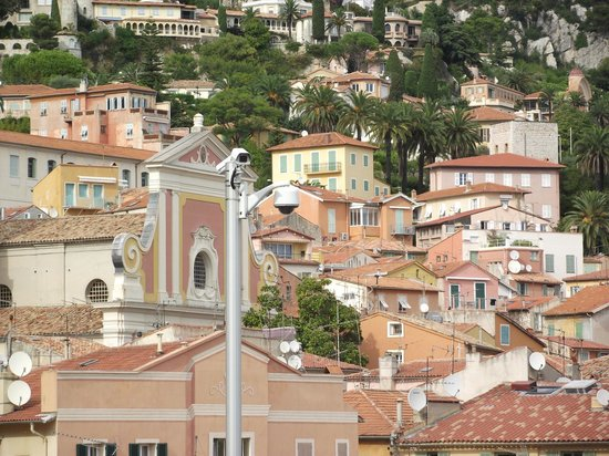 Eglise Saint-Michel : View to the church