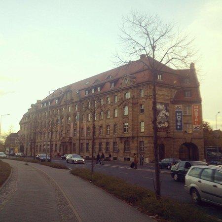 A&O Leipzig Hauptbahnhof: The building