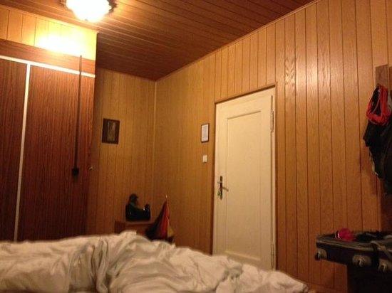 Hotel Alter Vater Rhein: Blick auf die Eingangstür und