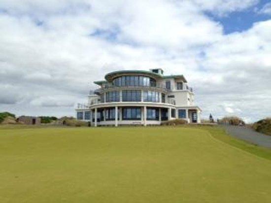 Castle Stuart Golf Links: Clubhouse