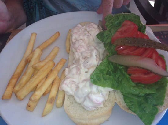 May Flower Restaurant: Only prawn mayonnaise sandwich we found on the whole holiday! It didn't disappoint! Yummy!