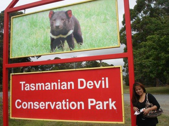 Tasmanian Devil Unzoo : Entrance To The Park