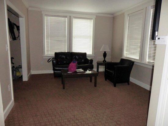 Eldridge Hotel: #401