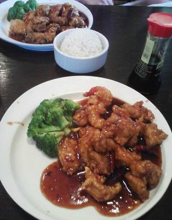 Sesame Sea Asian Bistro: Good Chinese food