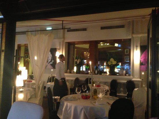 Hôtel Barrière Le Fouquet's Paris : ресторан