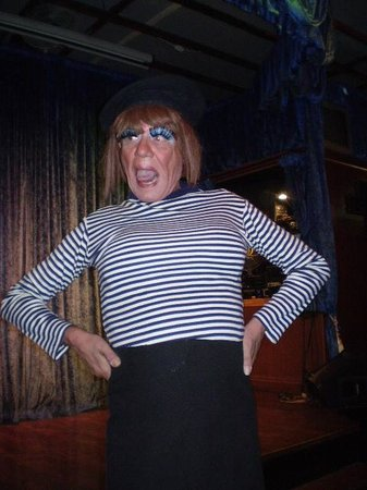 Lively Lady Show Bar: Oh La La!