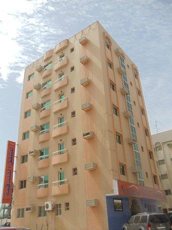 Al Rawda Hotel Flats: Building
