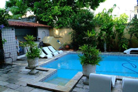 Chez les Rois: Pool (very clean)