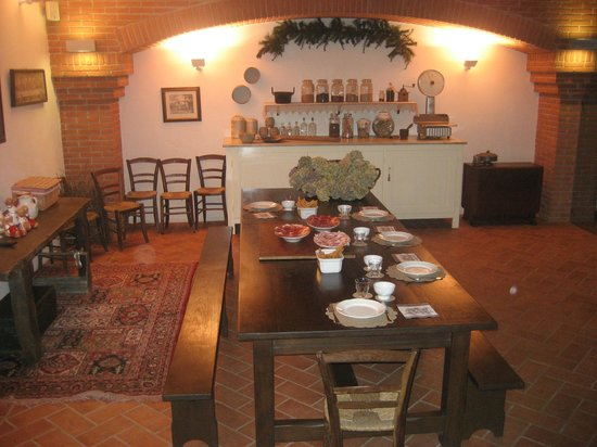 Alseno, Italy: la credenza degli aromi e spezie