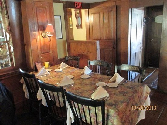 The Homestead Restaurant & Tavern : One of the Small Dining Rooms