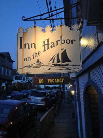 Inn on the Harbor: Love the Sign!