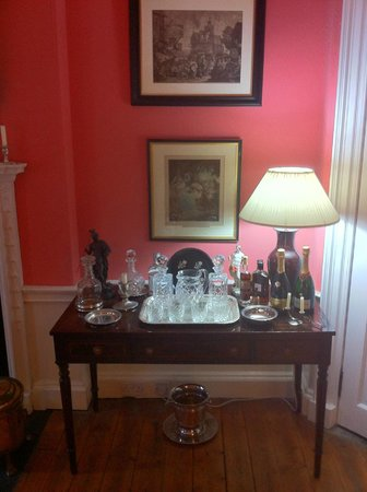 14 Hart Street: Whisky in the Breakfast room