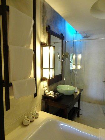 Phu Pi Maan Resort & Spa: Toilet