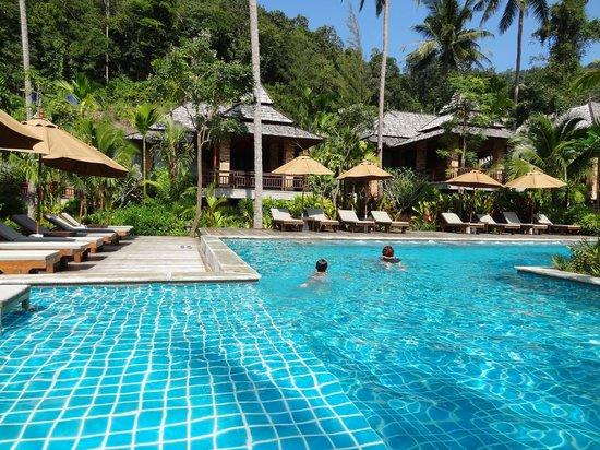 Phu Pi Maan Resort & Spa: Pool