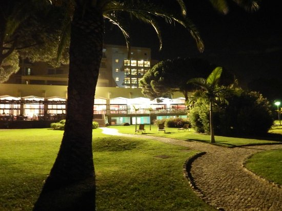 Pestana Dom Joao II : The gardens