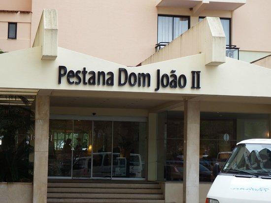 Pestana Dom Joao II : The entrance