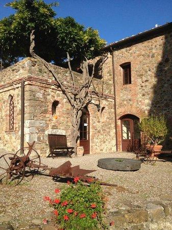 Borgo di Castelvecchio: La reception