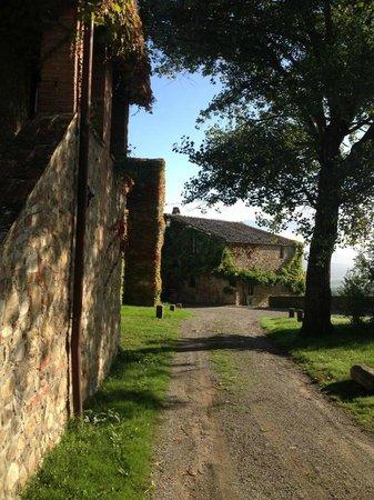 Borgo di Castelvecchio: Passeggiando nel borgo