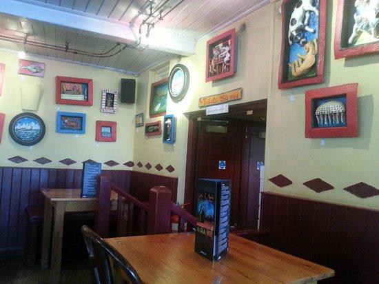 Cafe des Amis: Hall