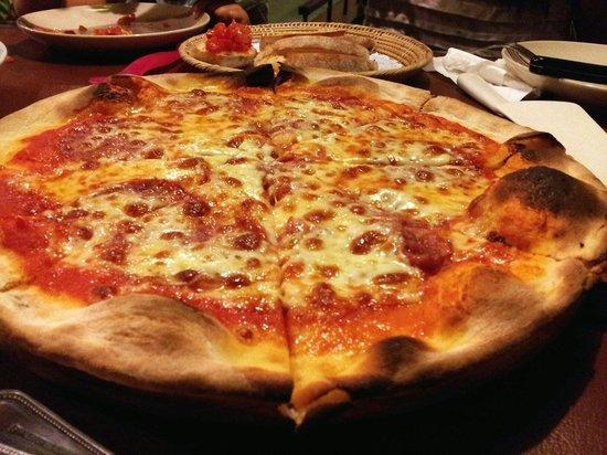 Ciao Koh Chang: Pizza Salami