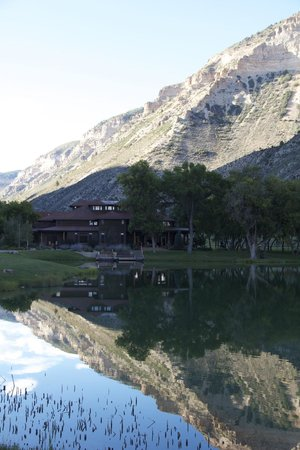 Kessler Canyon, Autograph Collection: Lodge from across the lake
