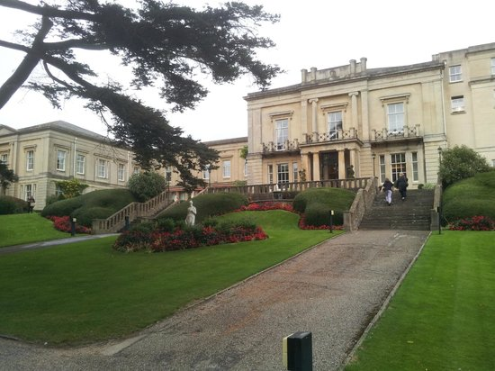 Macdonald Bath Spa Hotel: Quick snap (hotel front) after a lovely walk into town
