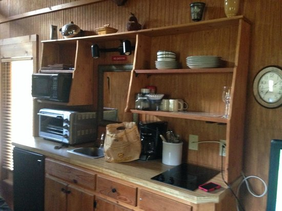 Banner Haven B&B and Cabin Rentals: Kitchenette