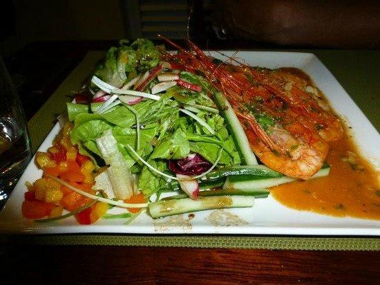 Zeri's Restaurant : Prawns with Salad