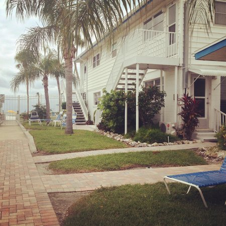 Sea Crest Apartments on Siesta Key: Rear of the beach front appts