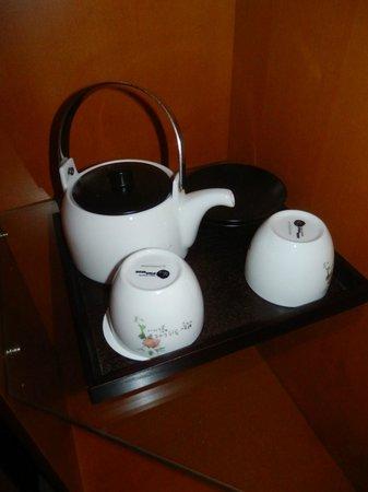 Hotel PJ Myeongdong: cute tea pot