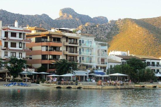 Hotel Capri: Вид с моря