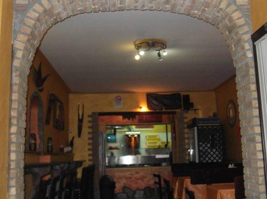 "L'Emiro - Kebab: Interno de ""L'Emiro"""