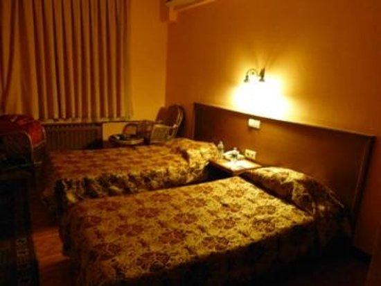 Hali Hotel: room
