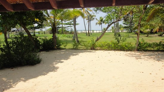 Abad Turtle Beach: The front of our cottage
