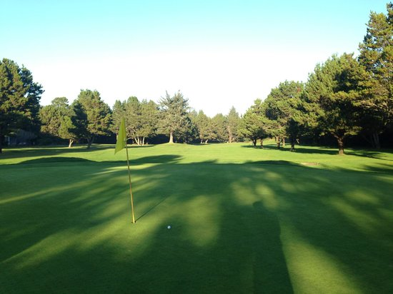 Manzanita Golf Course: The 8th hole