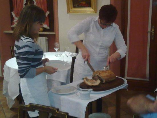 Trattoria in Piazza: Vitello in crosta di pane