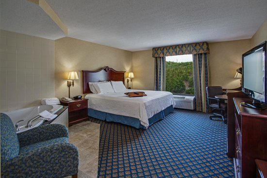 Hampton Inn Clearfield : Whirlpool Room