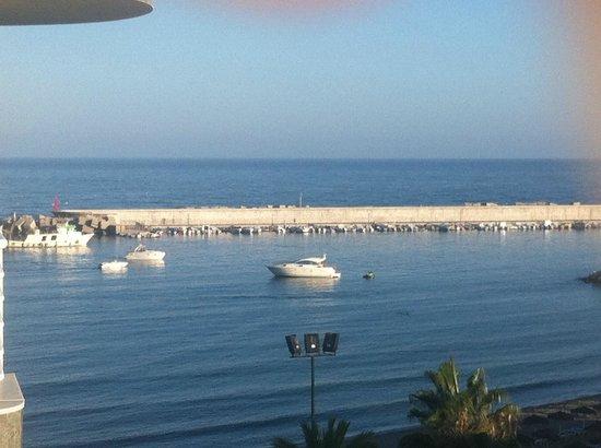 Hotel Villa de Laredo: Room with a view