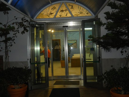 Hotel Tourist : entrata