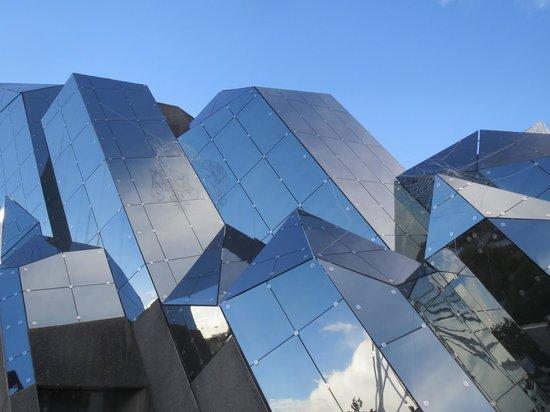 La maison du futur photo de futuroscope chasseneuil du - La maison du futur bruxelles ...
