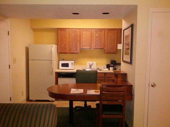 Studio 6 Greensboro Kitchen And Work Station