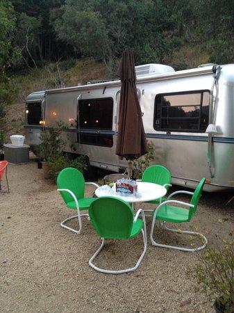 Big Sur Getaway: The Tradewind