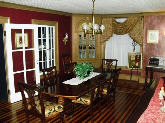 The Fox Inn Bed & Breakfast : Breakfast area