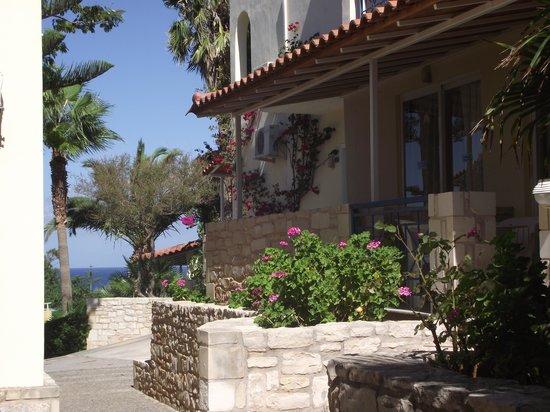 Hotel Rethymnon Mare: Petit bâtiment de l'hôtel