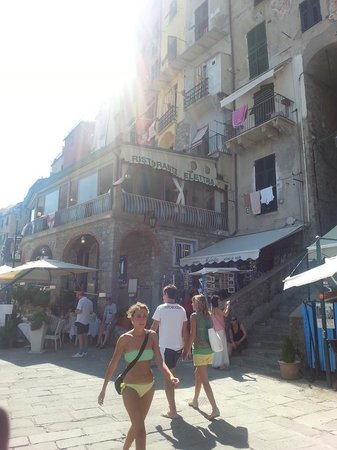 Ristorante Elettra : Restaurant from street