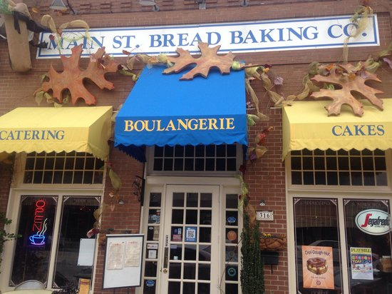 Main St Cafe and Bread Baking Co: Front