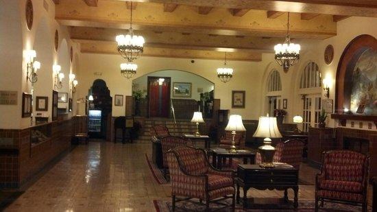 Hassayampa Inn : 1927 Lobby intact