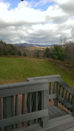 Cuomo's Cove: Mountain View from the deck