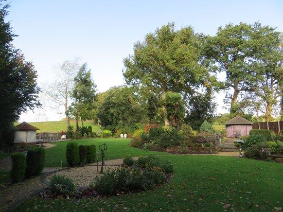 Dale Farm House: Garden - ready for Winter