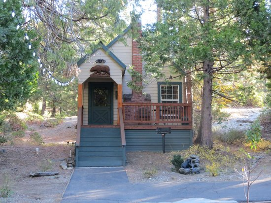 Shaver Lake Village Hotel Cabin 4 Adjacent To The
